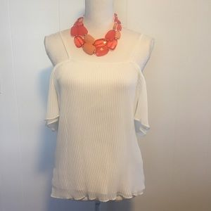 Waverley Grey Cold shoulder top size small.